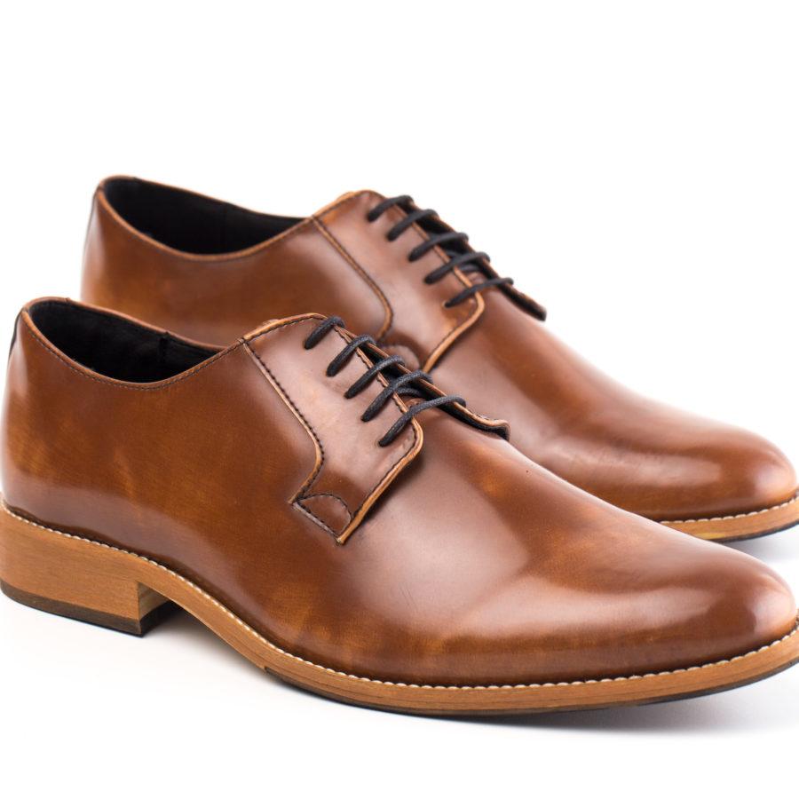 Vegane Schuhe Justin in braun von NAE