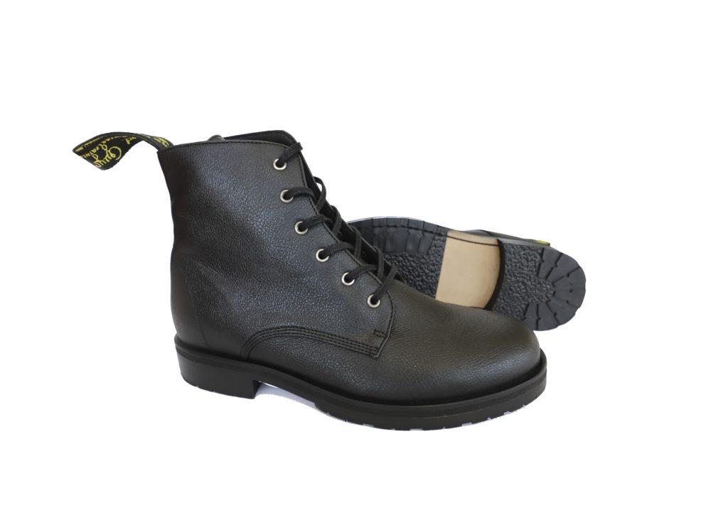 Vegane Stiefel Blaze in schwarz von Good Guys
