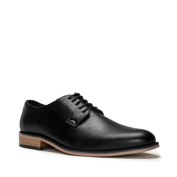 Vegane Schuhe Jake in schwarz von NAE